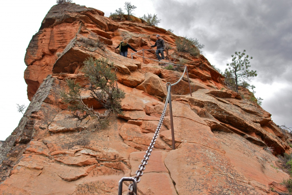 zion national park overcrowding reservations
